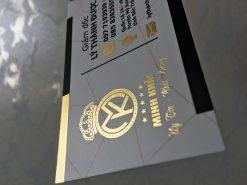 Printing-Silk Laminated Gold-foil-business-card-lulxury-name-card-on-standard-paper-material-printing-business-card-in-Saigon-by-Helixgram-Design