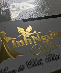 Silk Laminated Gold-foil-business-card-printing-lulxury-name-card-on-standard-paper-material-printing-business-card-in-Saigon-by-Helixgram